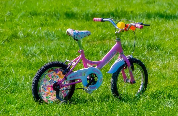 bicycle-1713165_1280